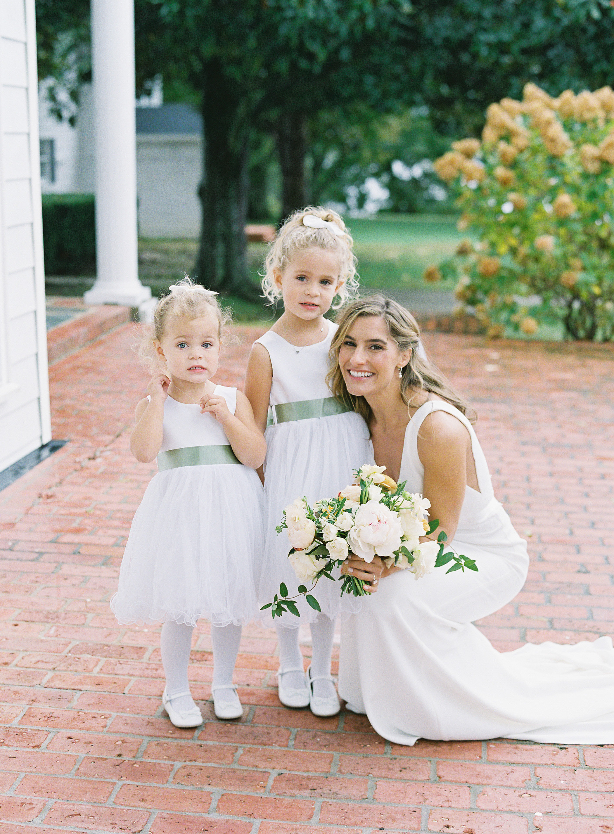 lauren alex wedding flower girls with bride