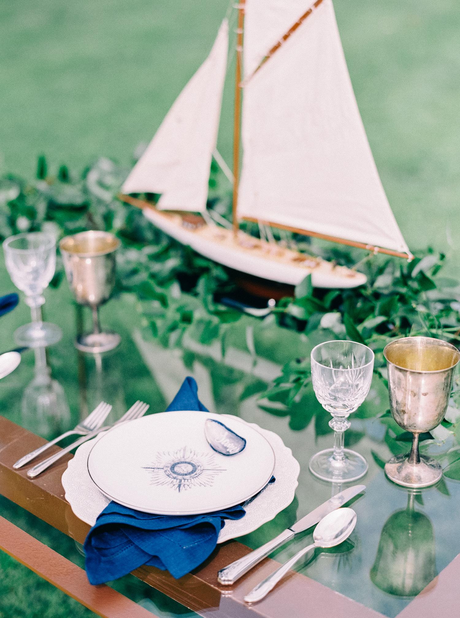 compass wedding ideas thematic nautical plates