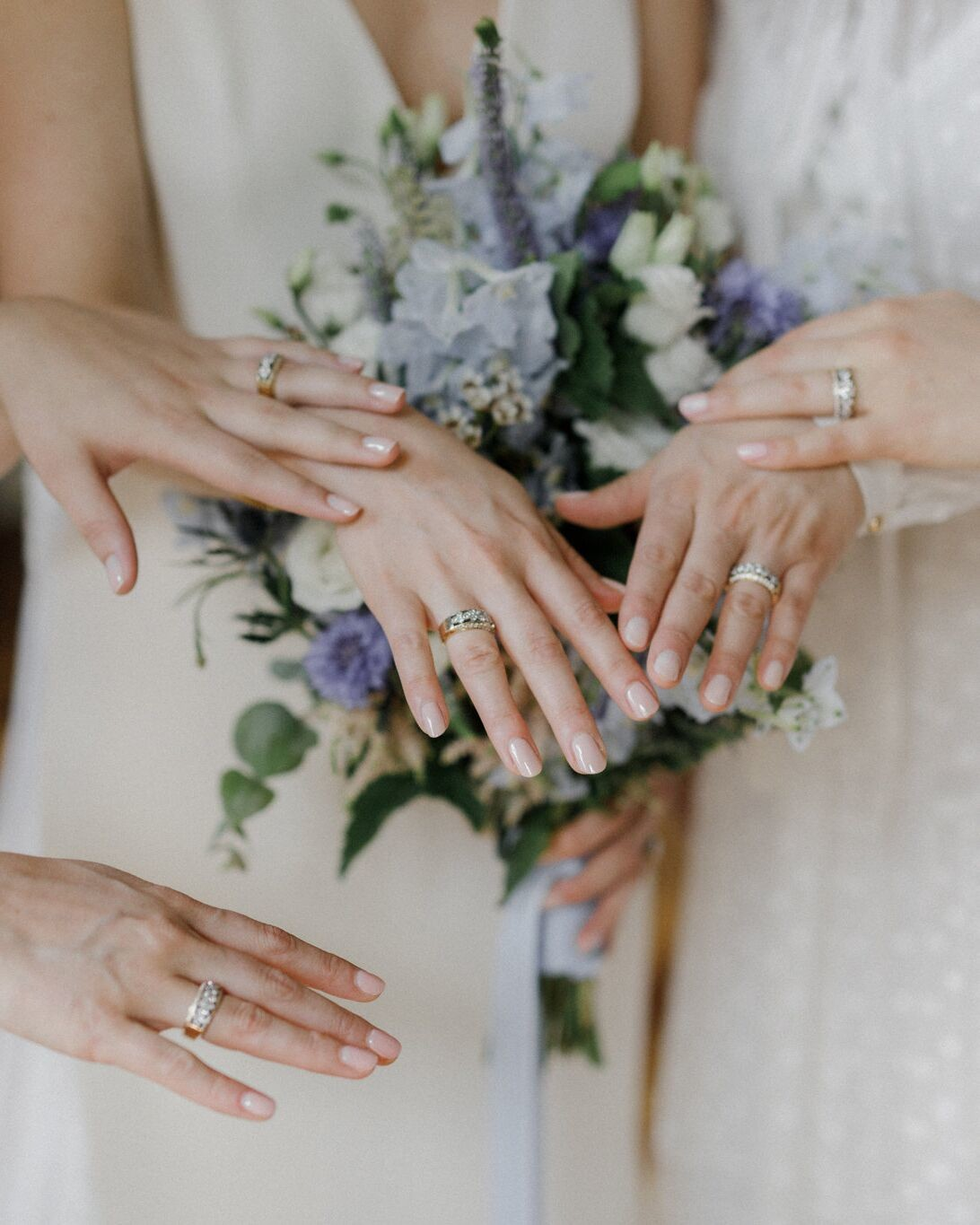 custom rings made for bride and sisters
