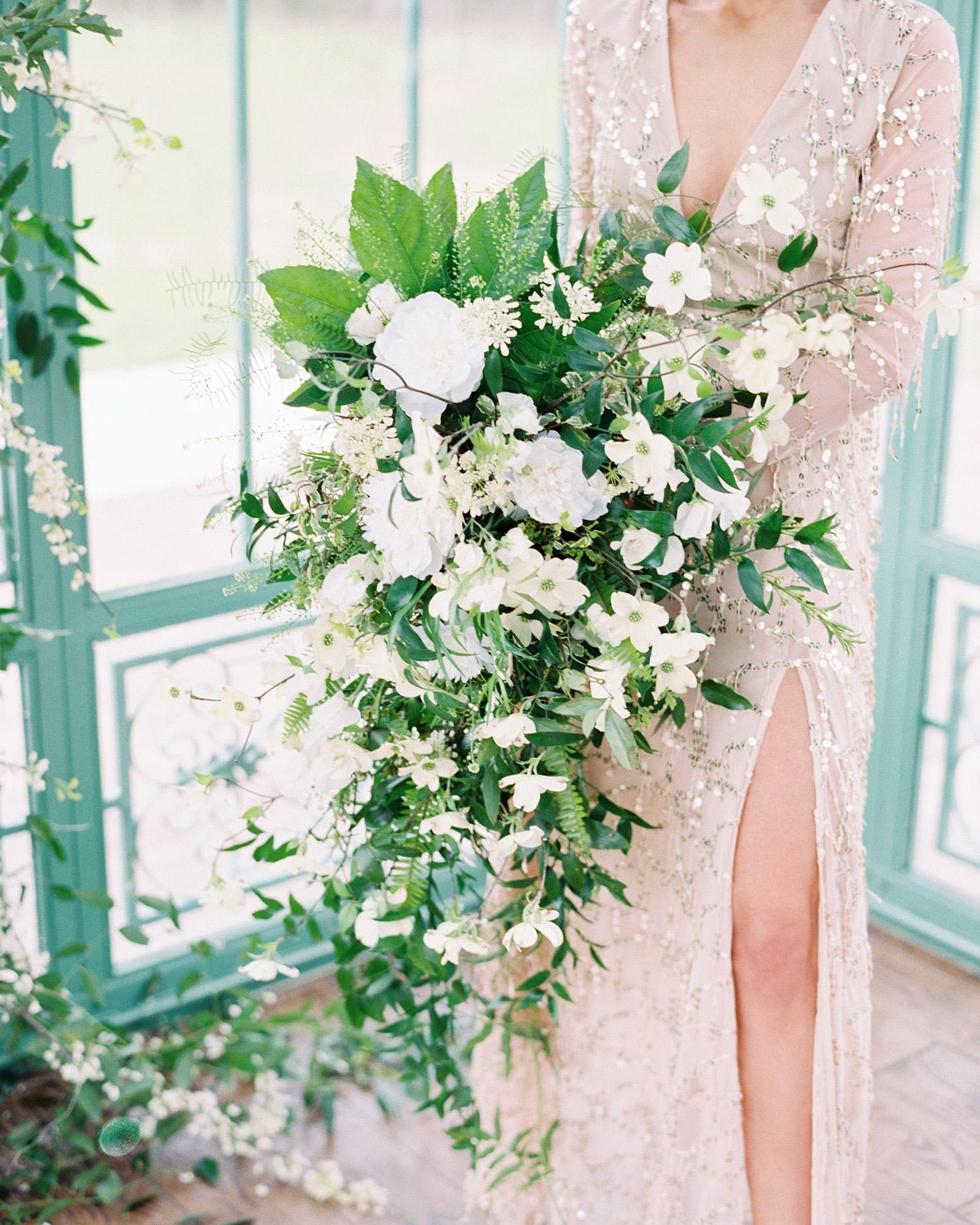 evan dustin vow renewal floral bouquet