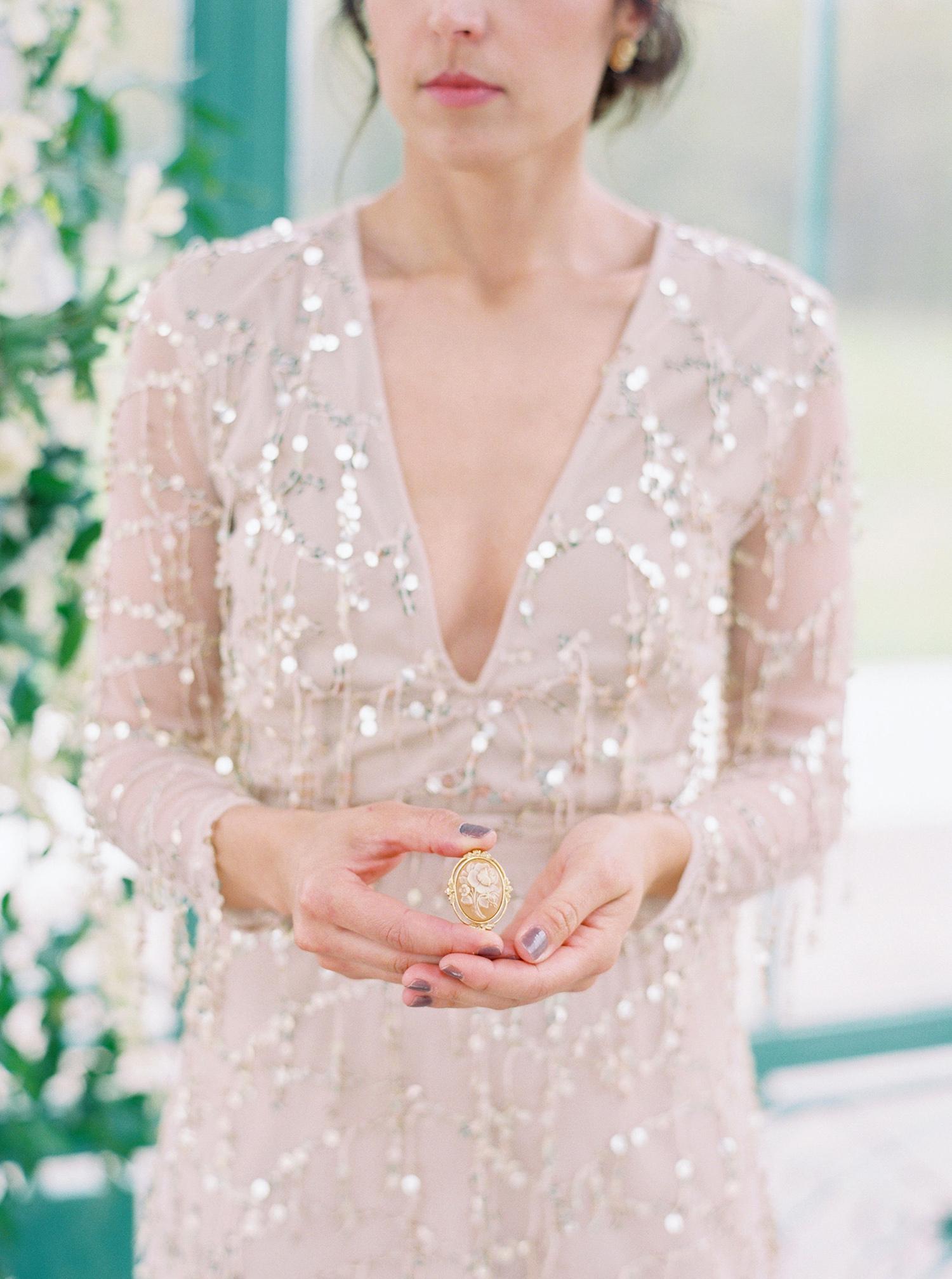 evan dustin vow renewal bride heirloom brooch