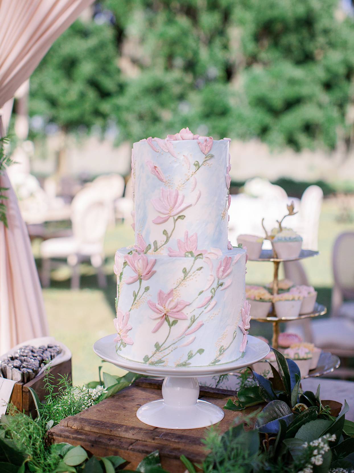 chelsea john floral pastel pink and blue wedding cake