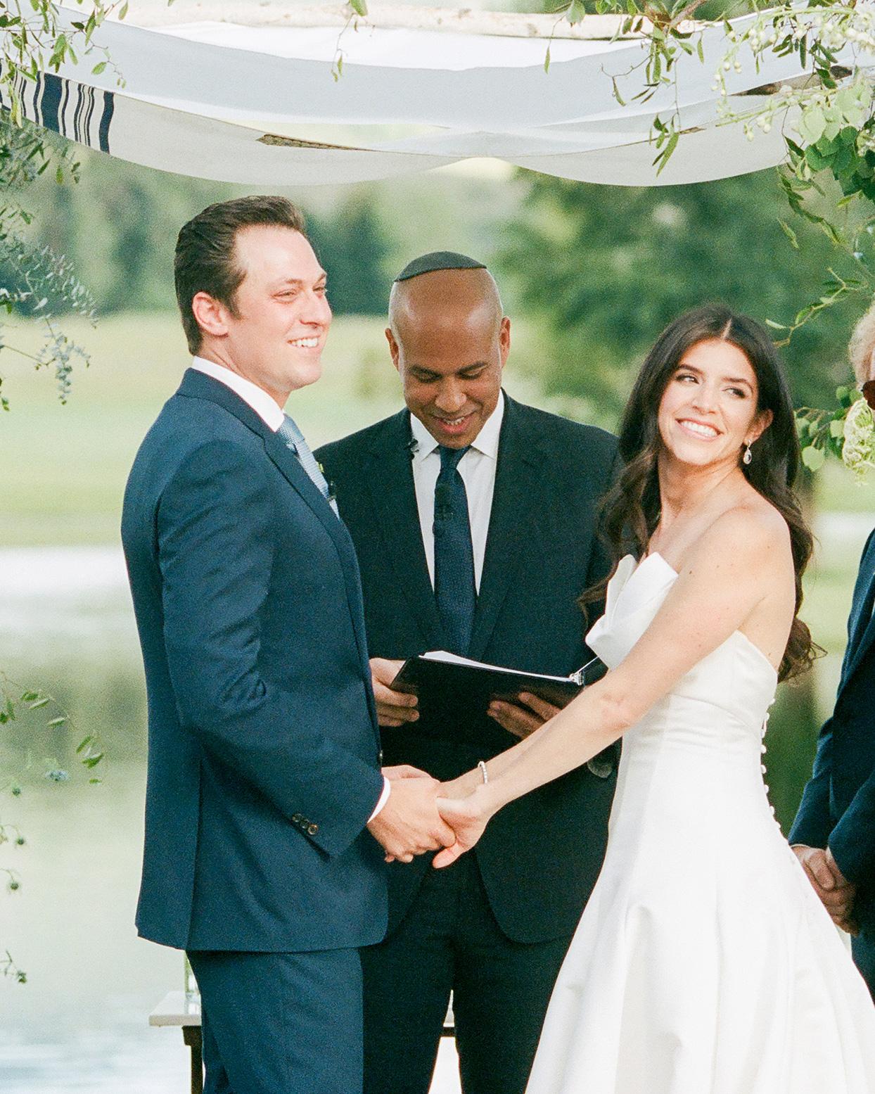 jessica aaron wedding couple during ceremony