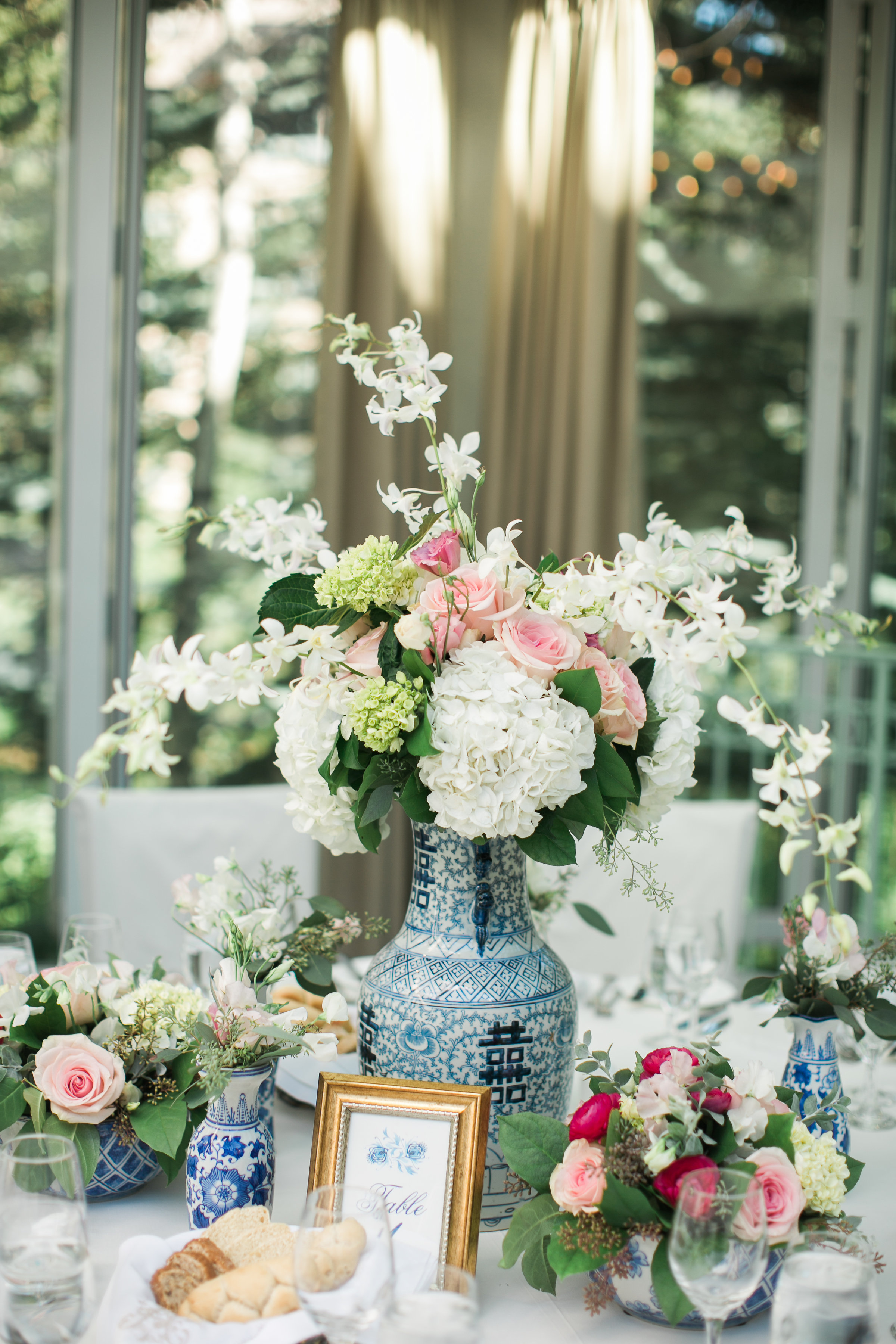 bridal shower centerpiece blue and white