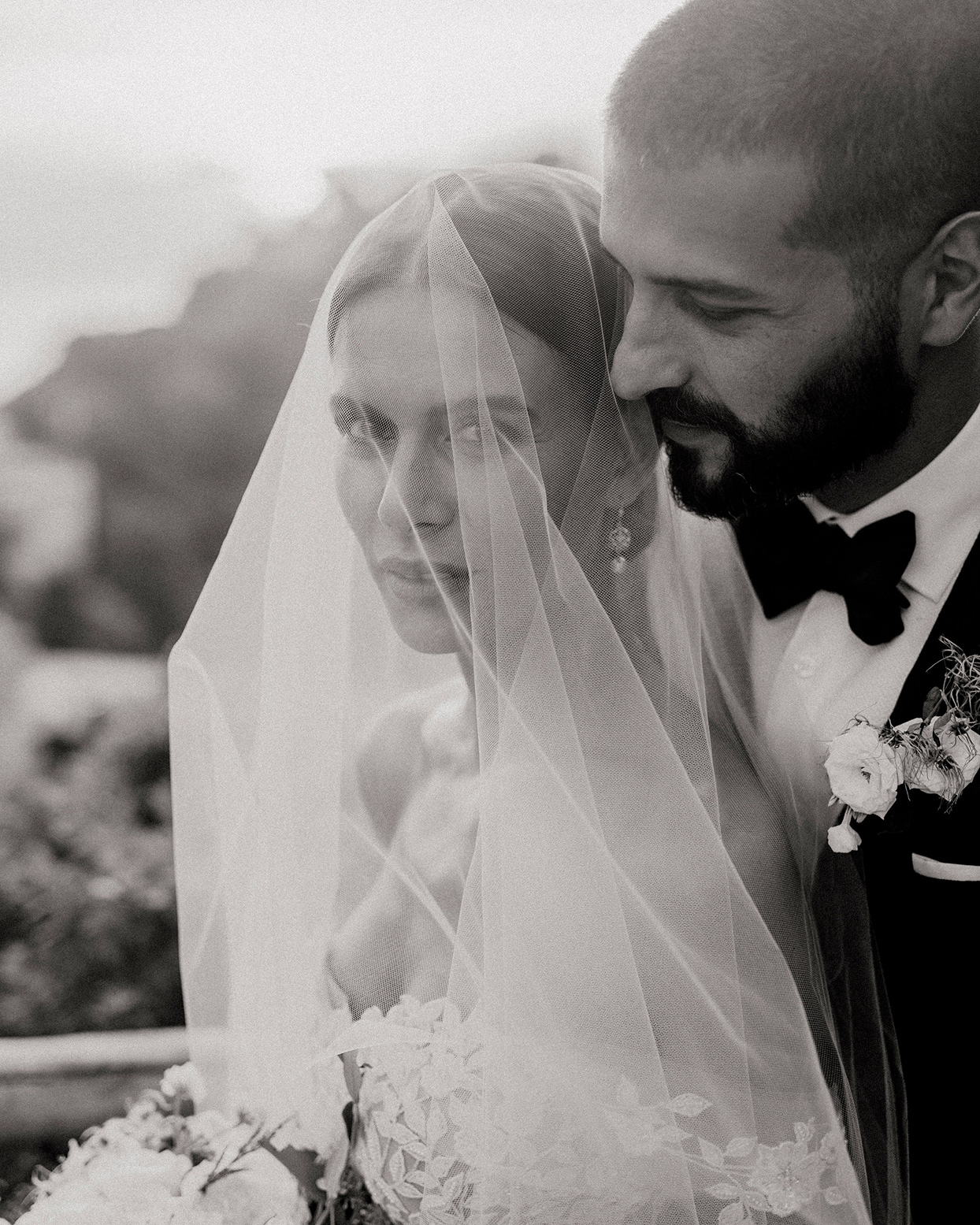 jaclyn antonio wedding bride and groom black and white