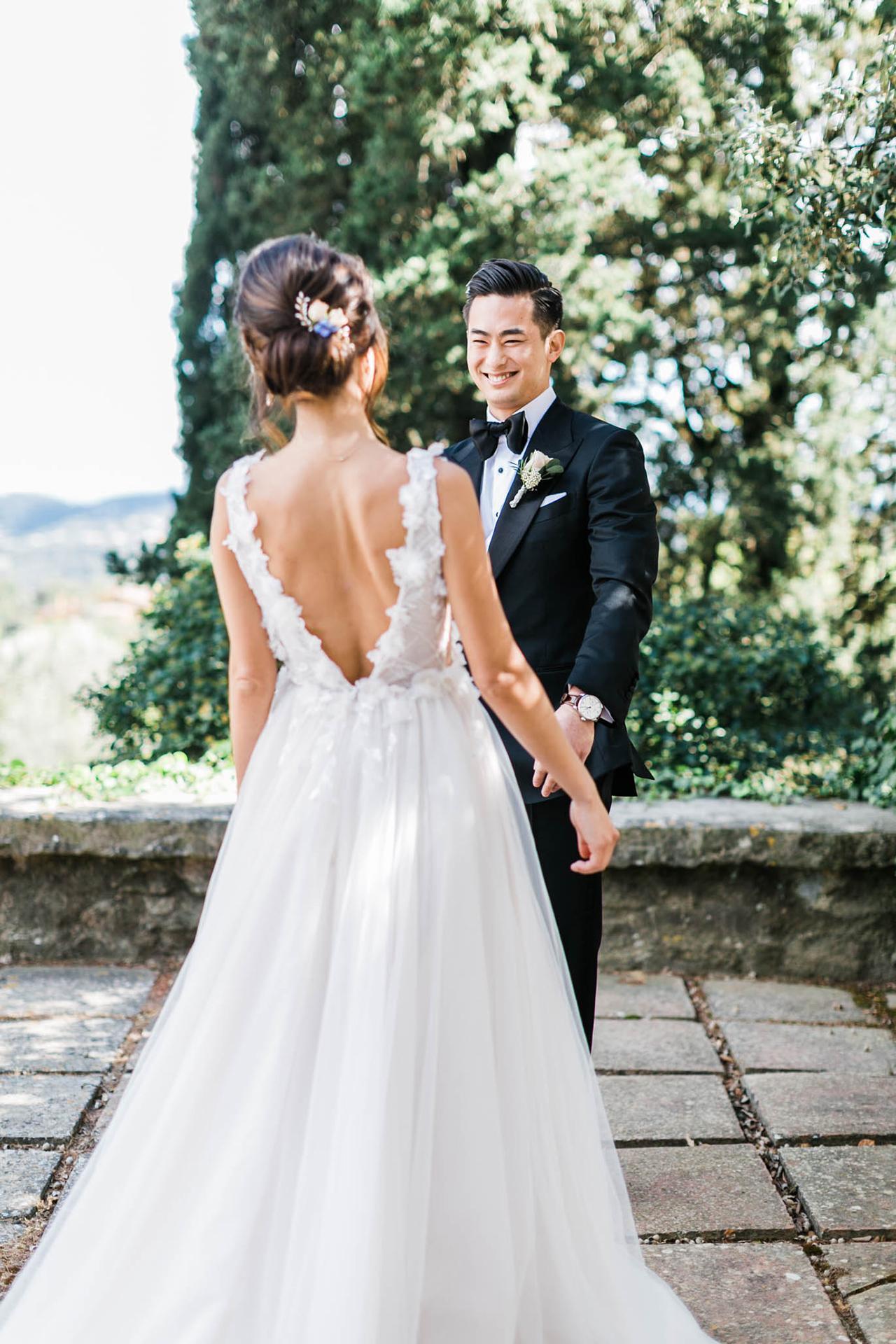 bride groom wedding day first look outdoor garden