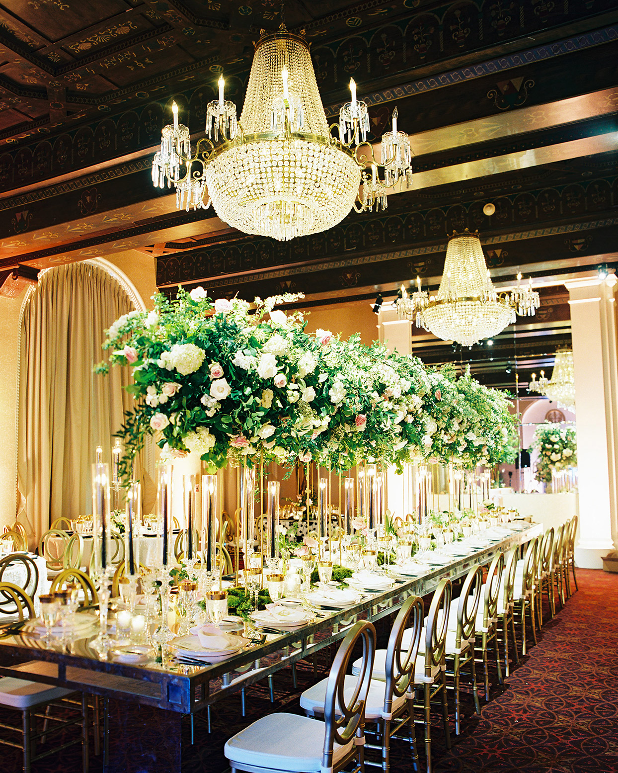 gigi kyle elegant shimmering reception tables with chandeliers