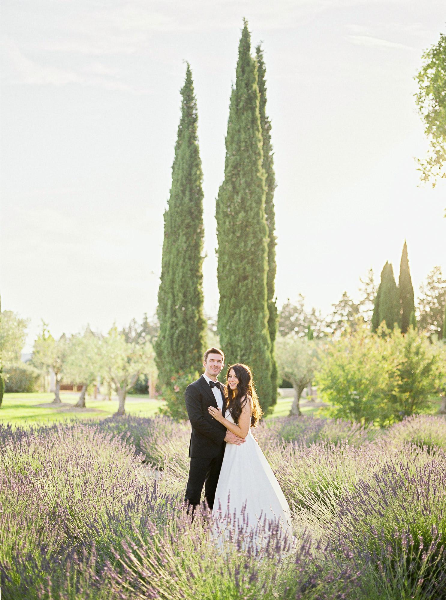 samantha grayson wedding couple embrace