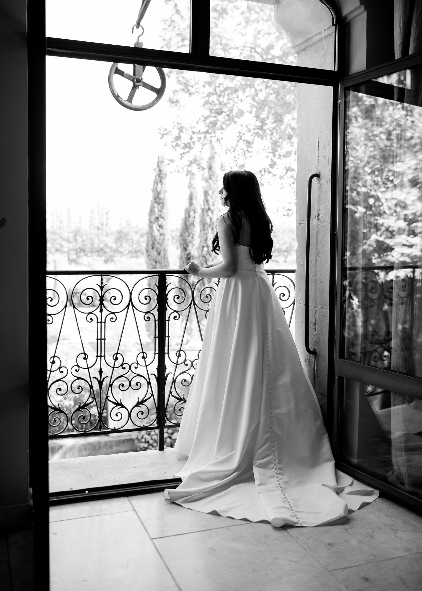 samantha grayson wedding back of wedding dress