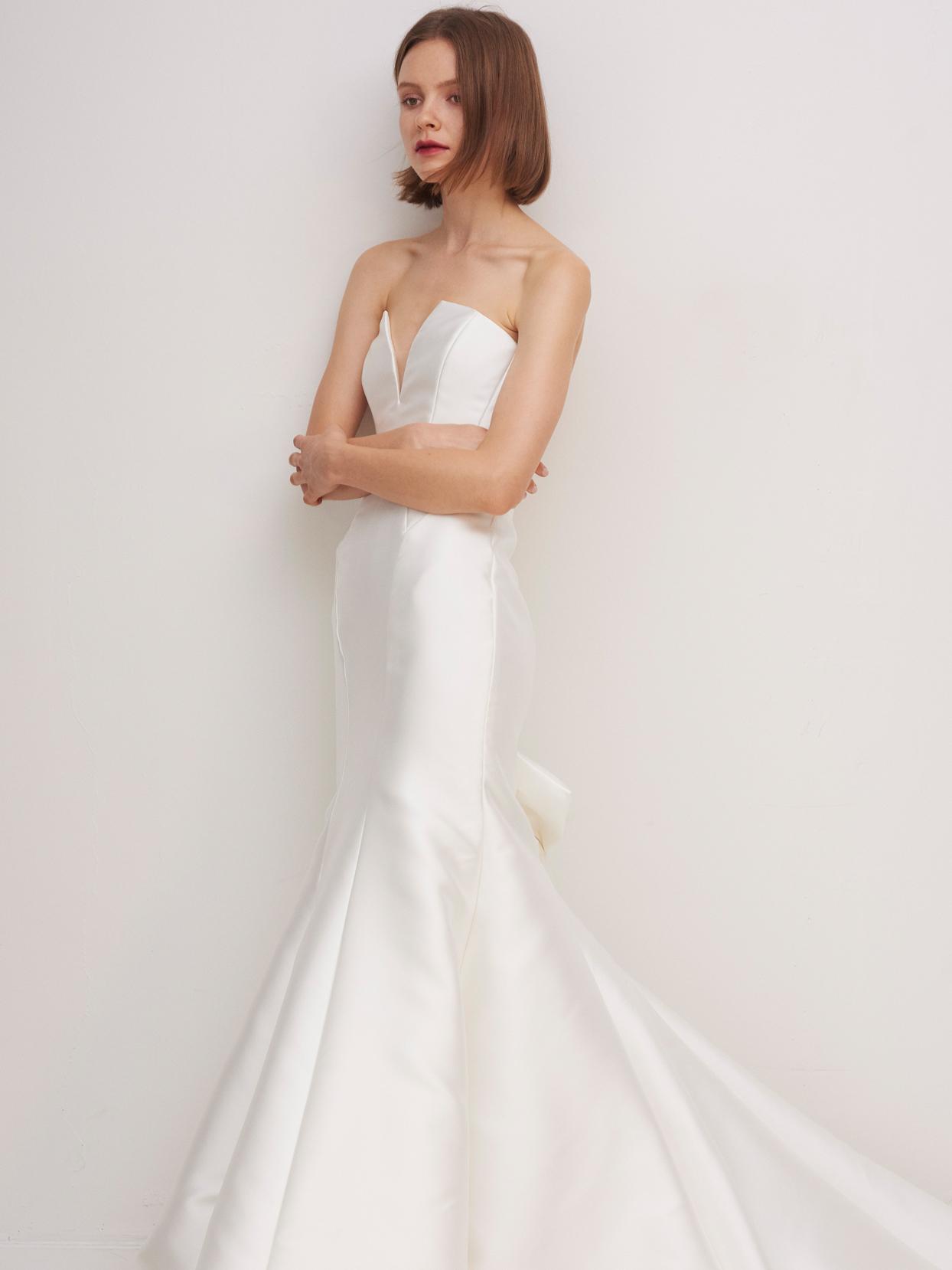rivini by rita vinieris strapless mermaid wedding dress fall 2020