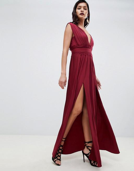 Premium Lace Insert Pleated Maxi Dress