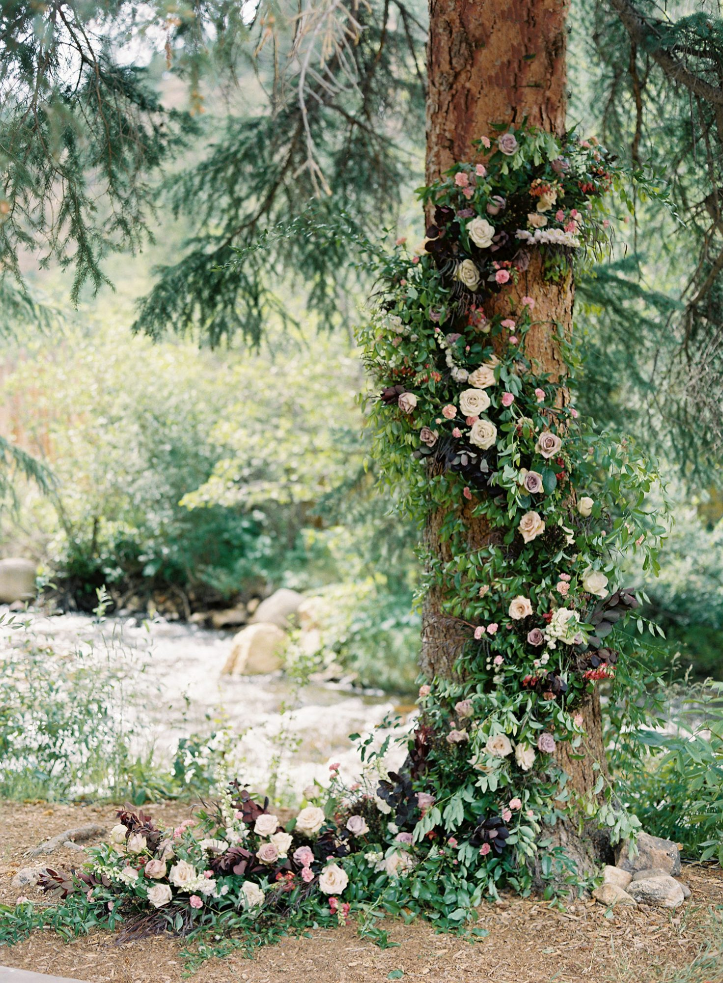 Casey Andrew Wedding Tree with Floral Display