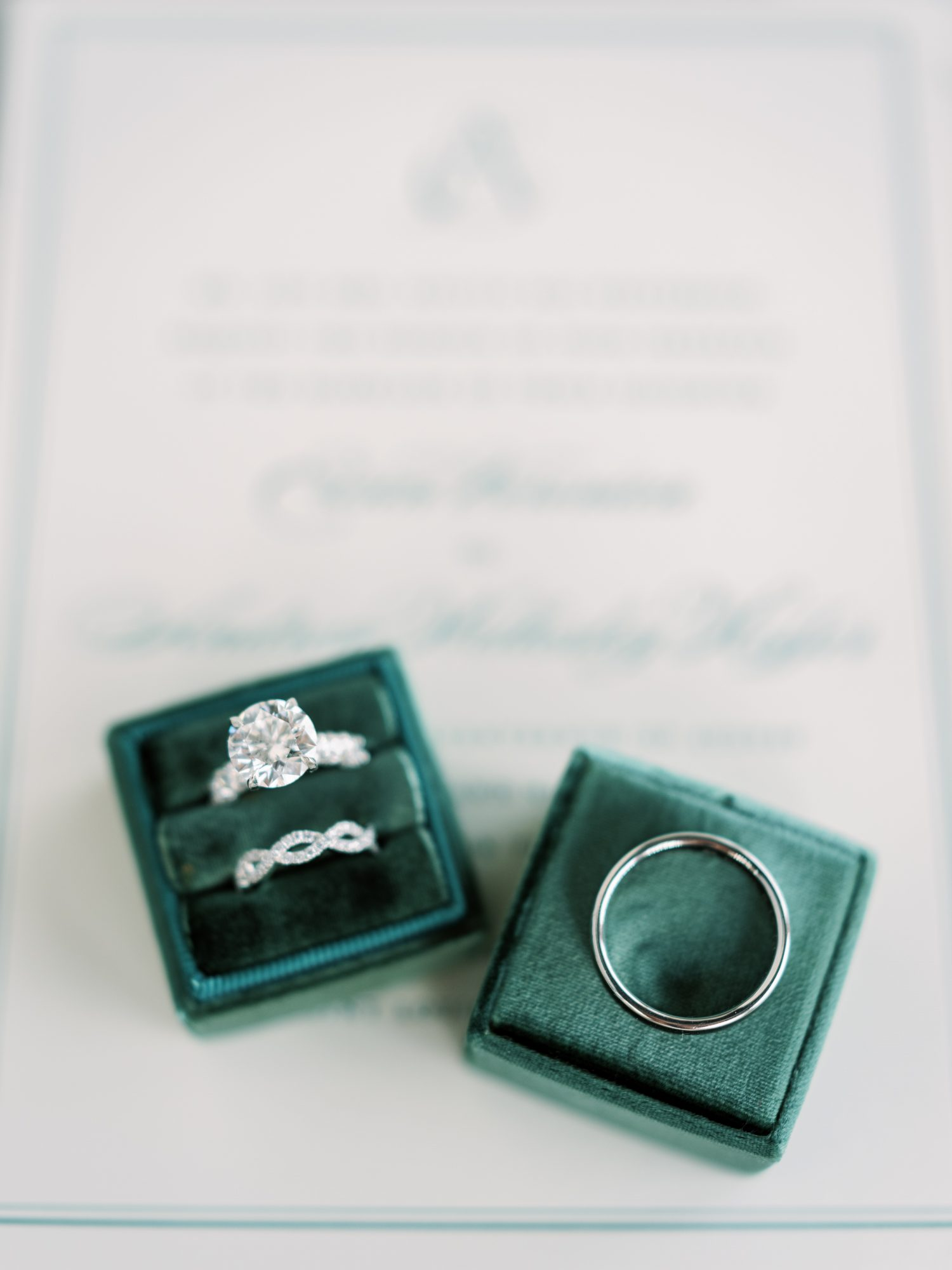 erinn andrew wedding rings in green boxes