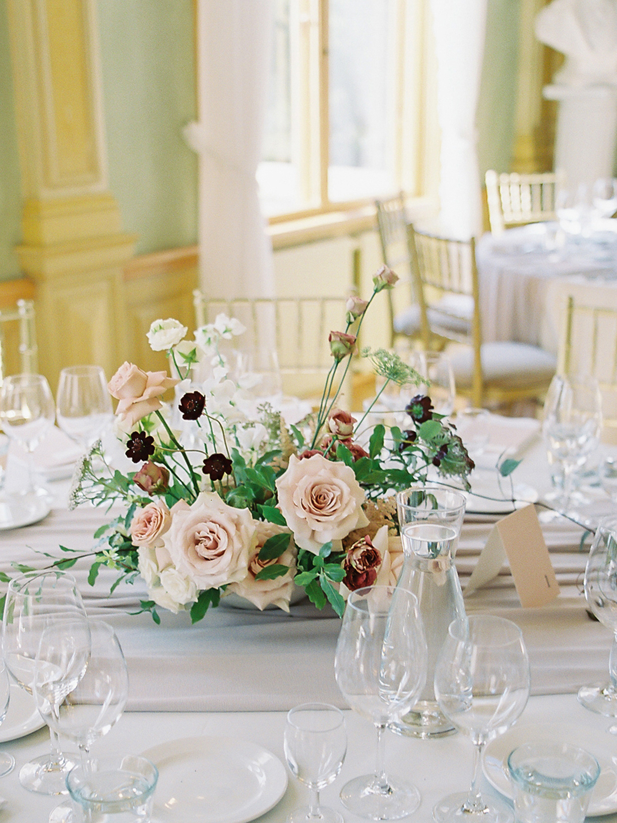 laura alexander wedding floral centerpiece