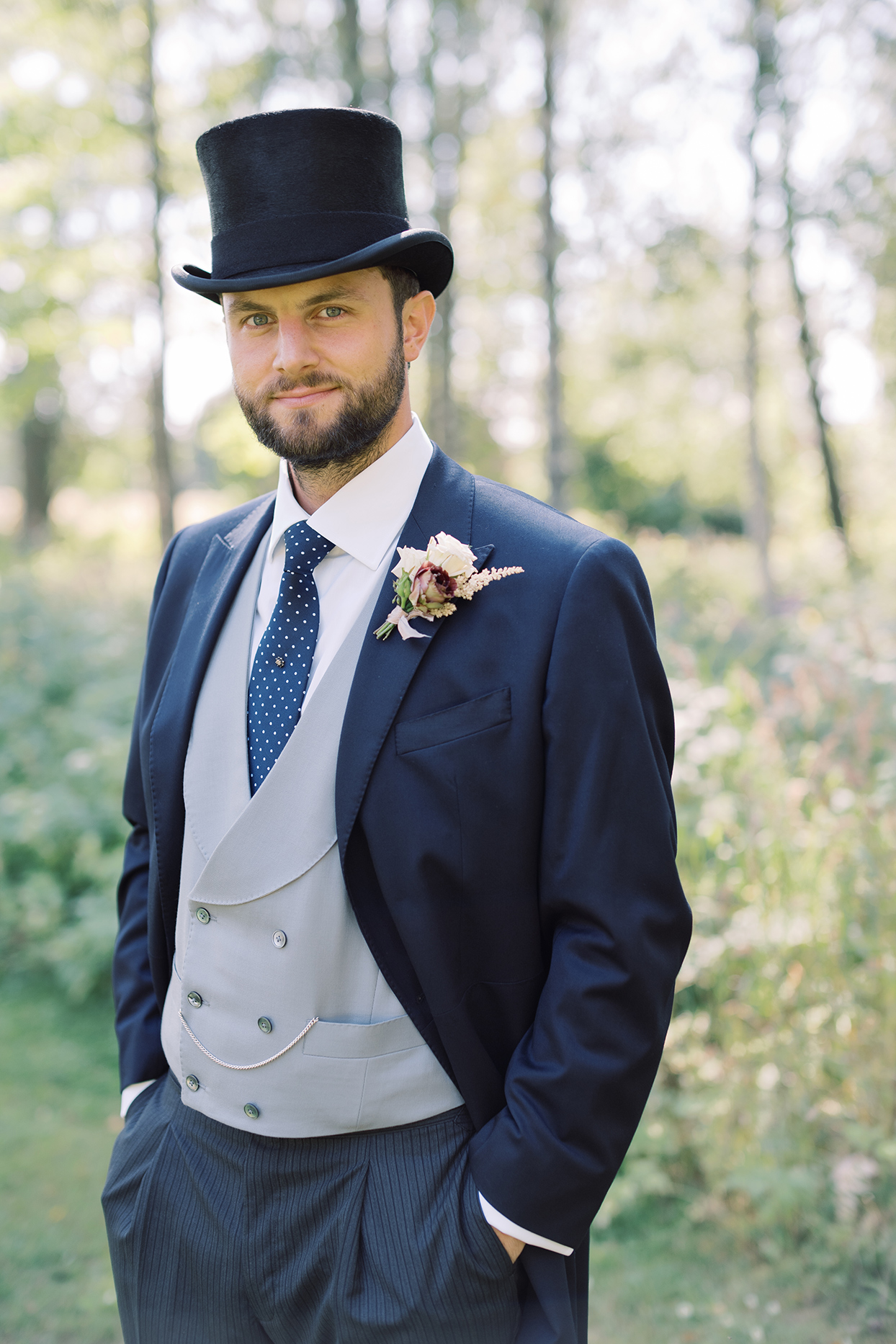 laura alexander wedding groom in top hat