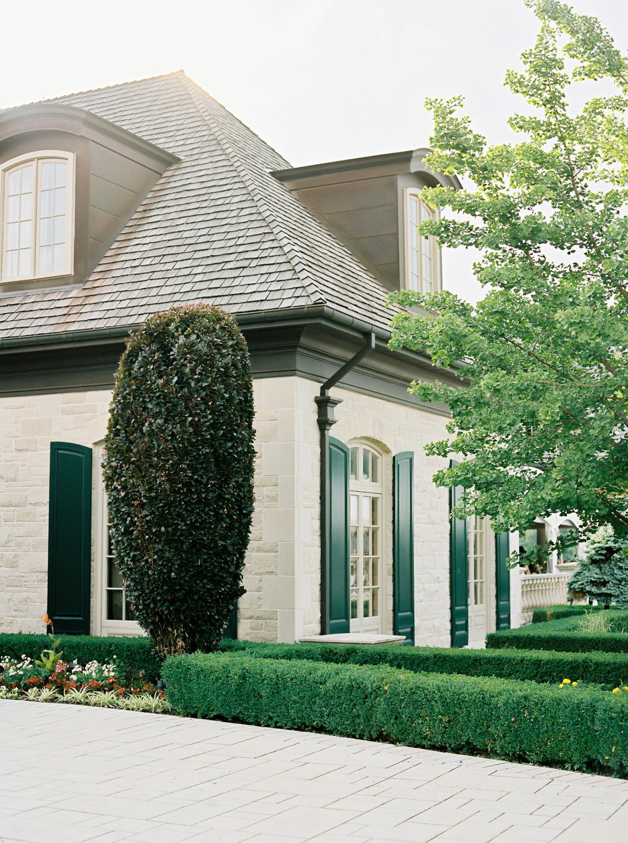 Magna Golf Club wedding venue outside