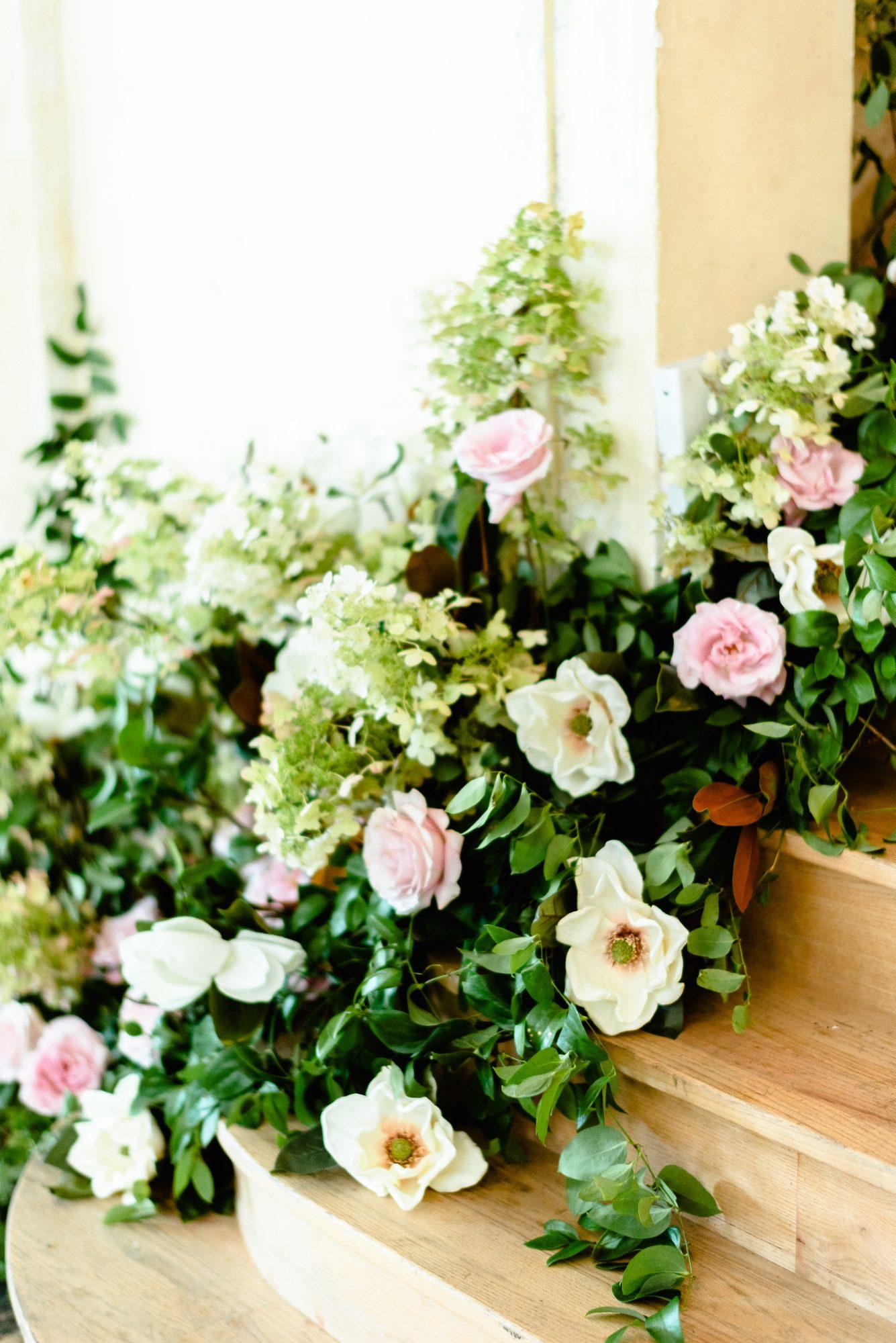 ryan shep wedding ceremony flowers