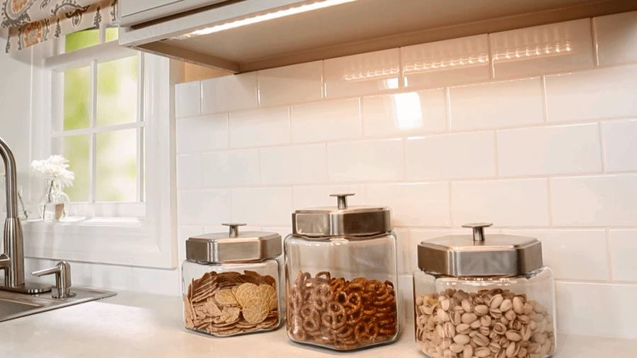 A Bright Roach To Kitchen Lighting Better Homes Gardens