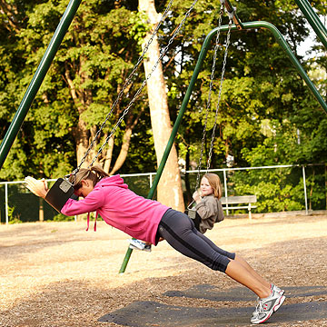 Swing Plank with Push