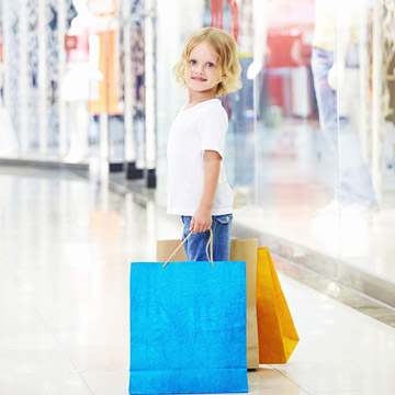 Child in the mall shopping