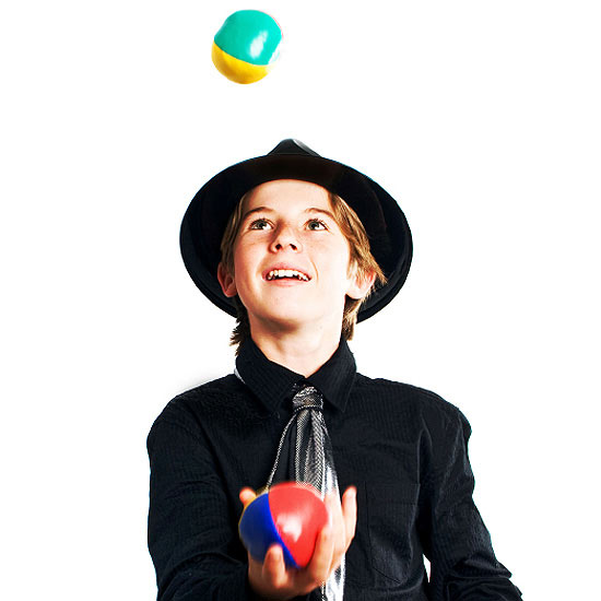 kid juggling