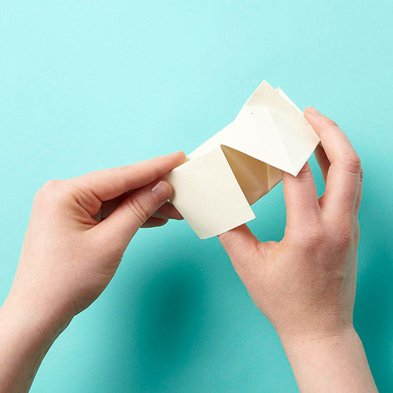 folding cootie catcher