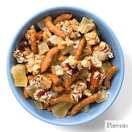 Sesame sticks, chopped cereal-nut bars, dried pineapple