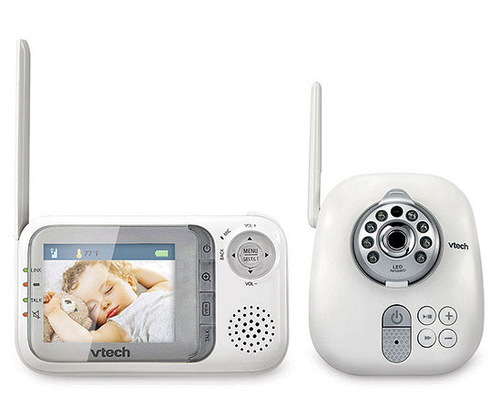 VTech Safe & Sound Full-Color Video and Audio Monitor