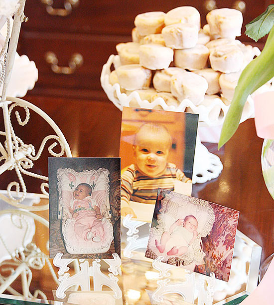 Mom-to-be Baby Photo Centerpieces