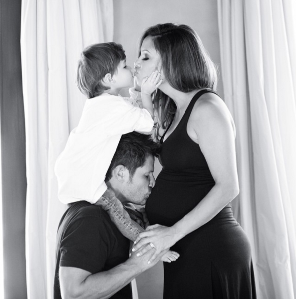 nick-lachey-bump-love.png
