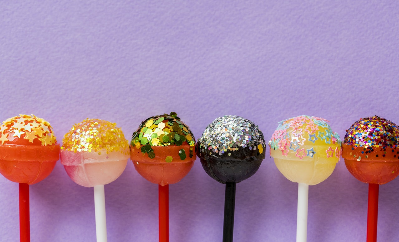 toddlers too much sugar candy lollipop
