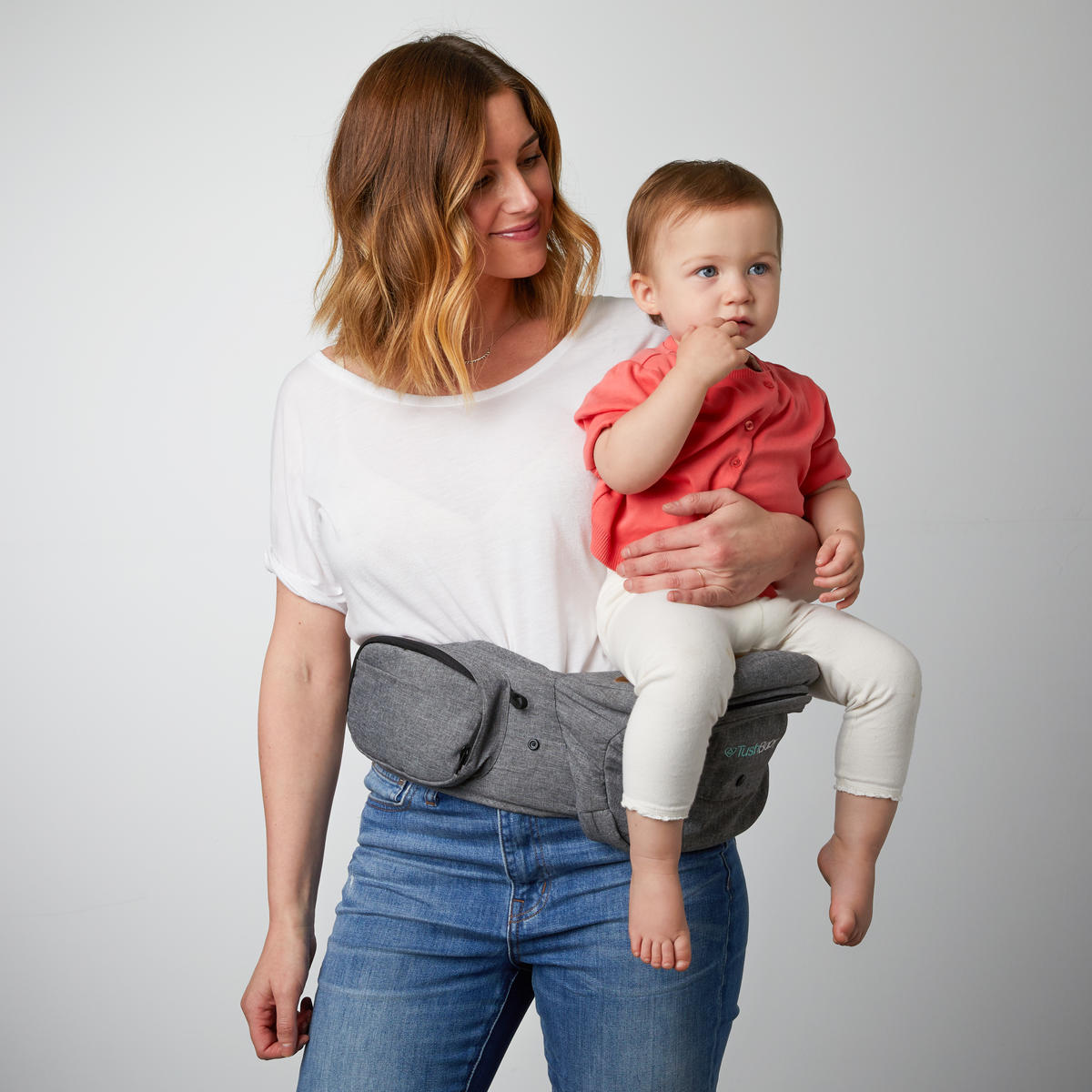 TushBaby Carrier Child Facing Forward