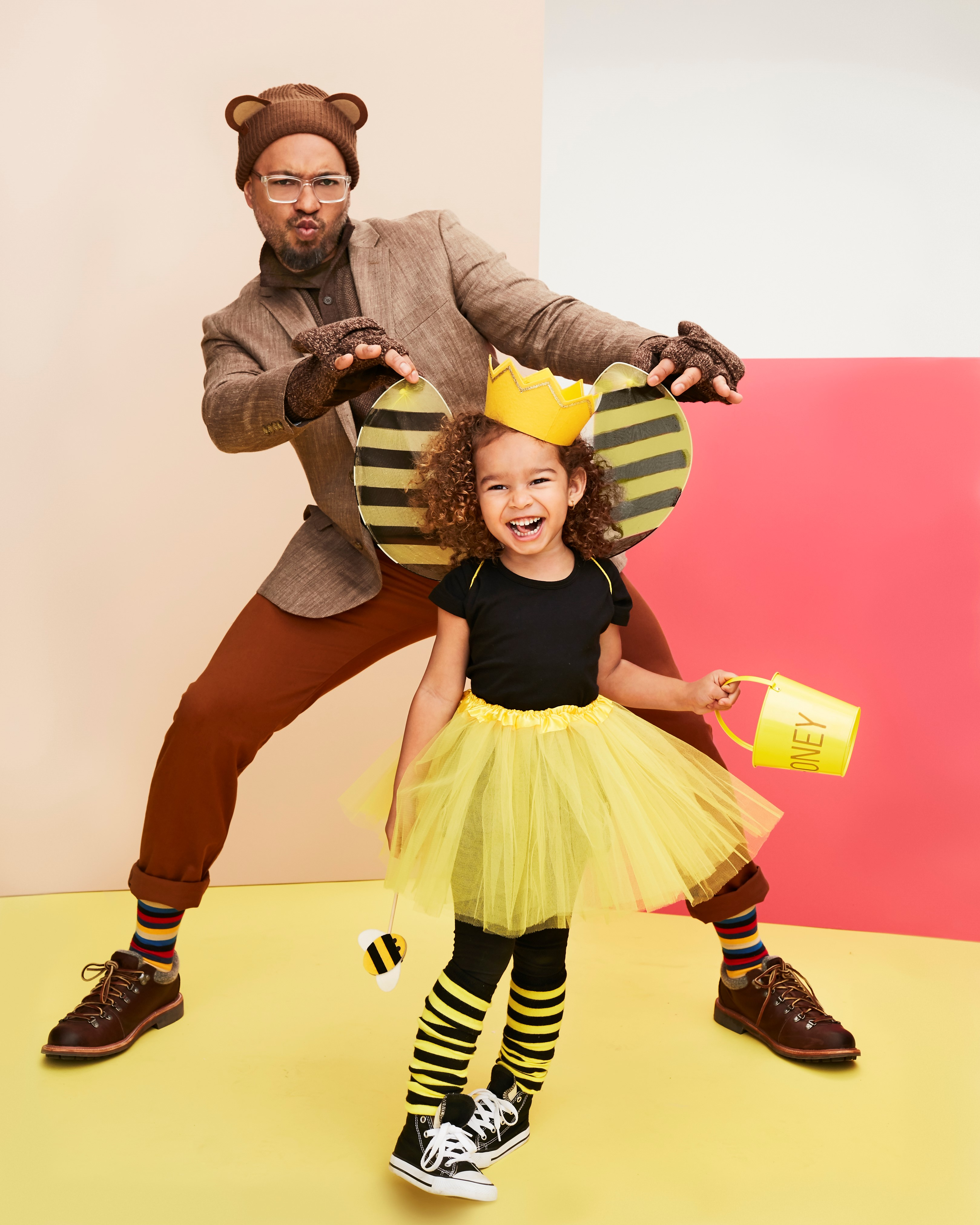 Costumes Queen Bee and Papa Bear
