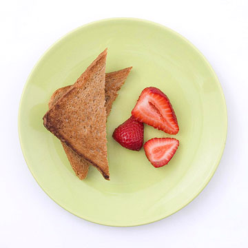 Strawberries and Whole-Wheat Toast