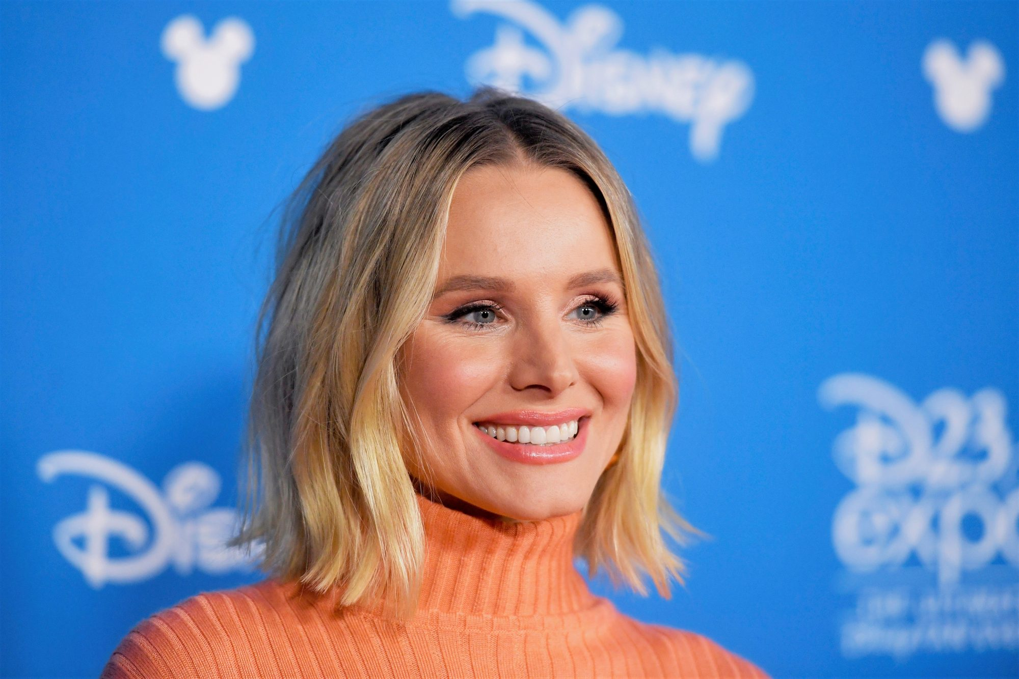 Kristen Bell in Turtleneck at D23 Expo 2019