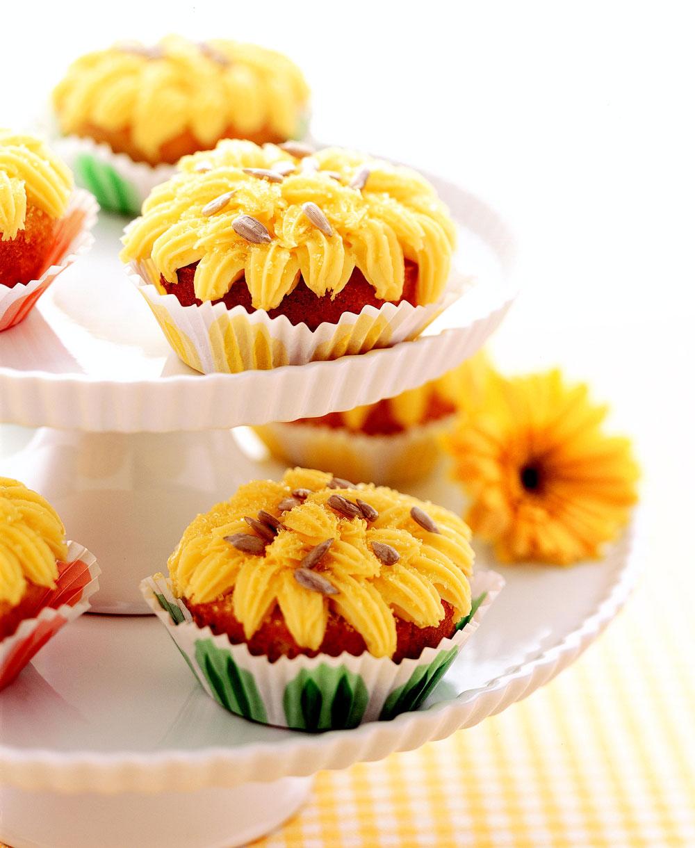 Kansas Sunflower Cupcakes