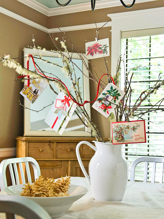 Christmas centerpiece ideas: card tree