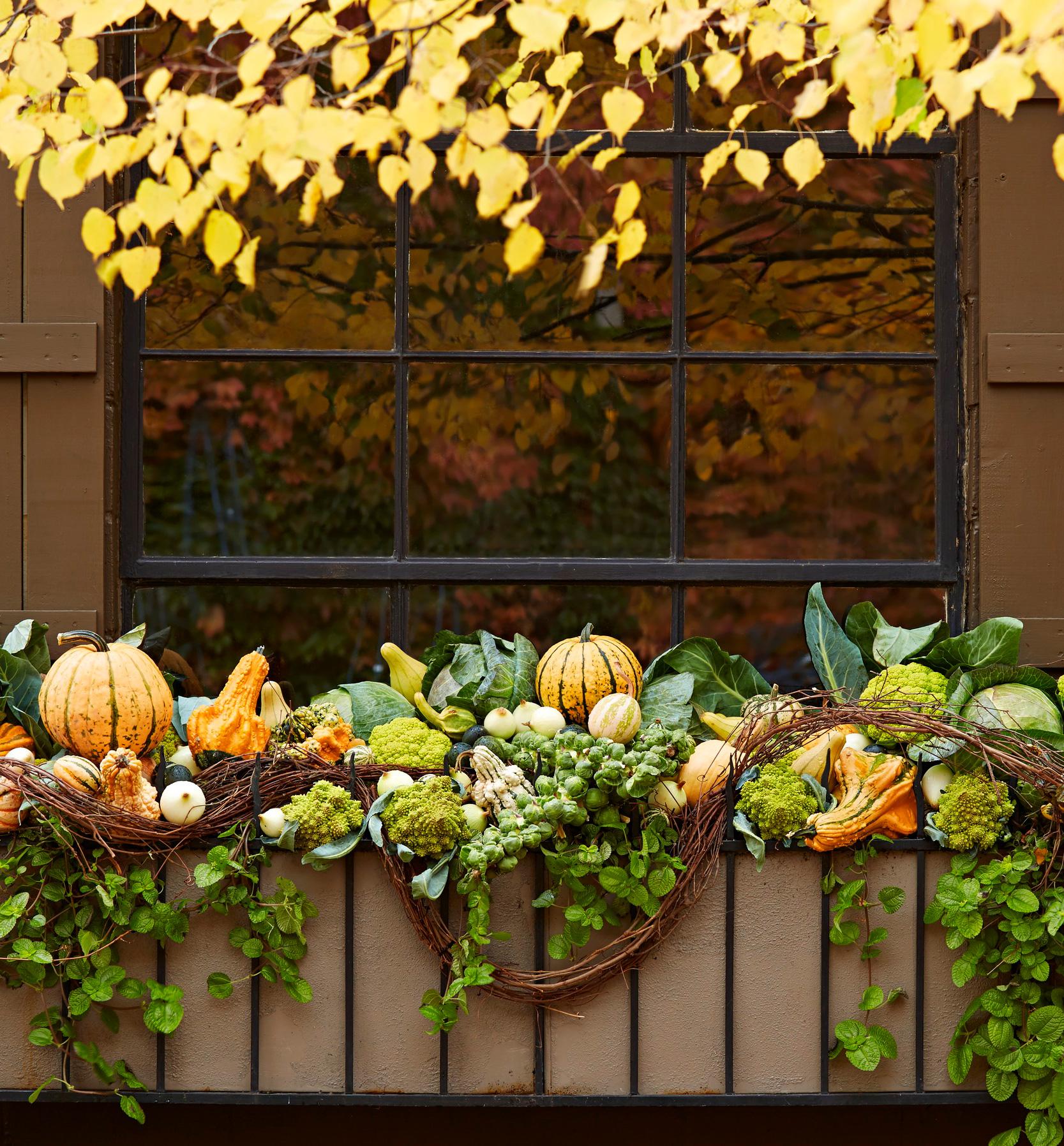 Fall window box