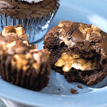 Tailgaters' Brownie Cupcakes