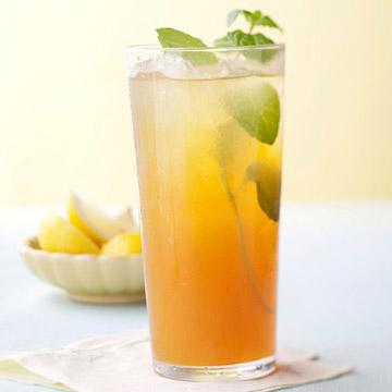 Lemon-Mint Honeyed Iced Tea