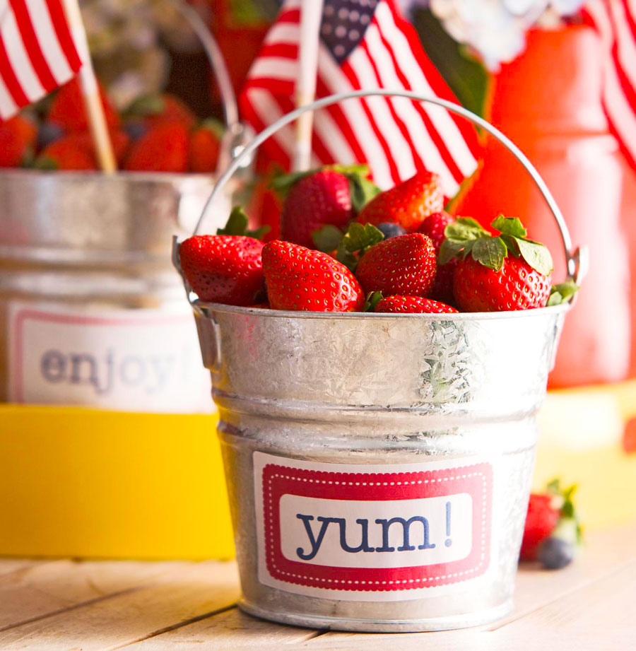 Strawberry tin
