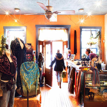 St. Charles trip guide: Where to shop