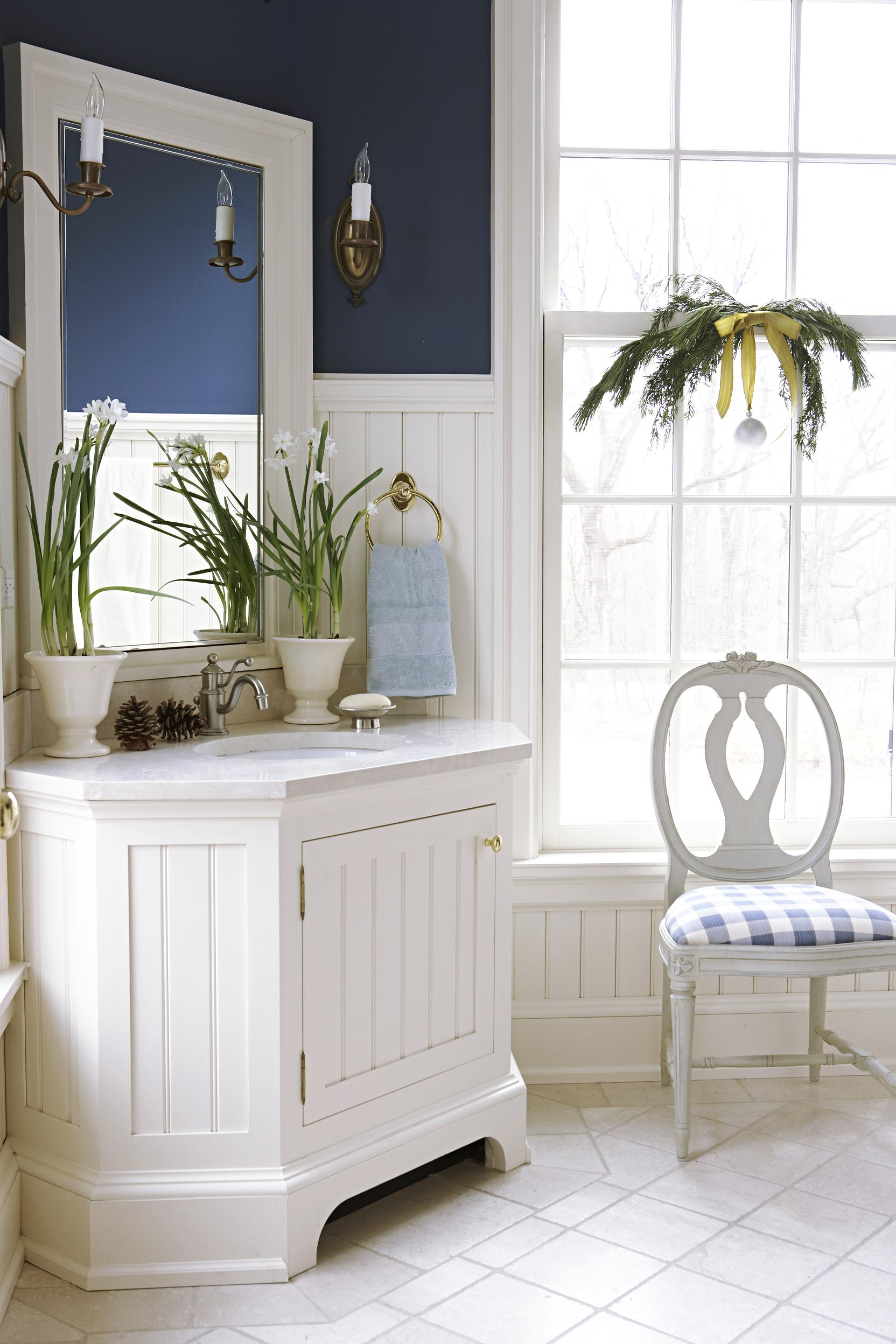 Fine bath woodwork