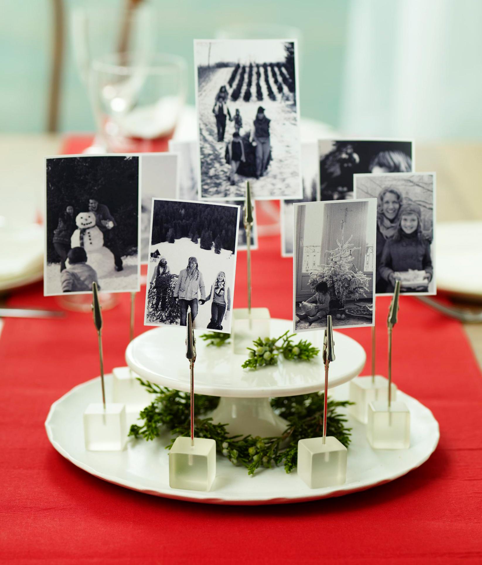 Christmas centerpiece ideas: old photos