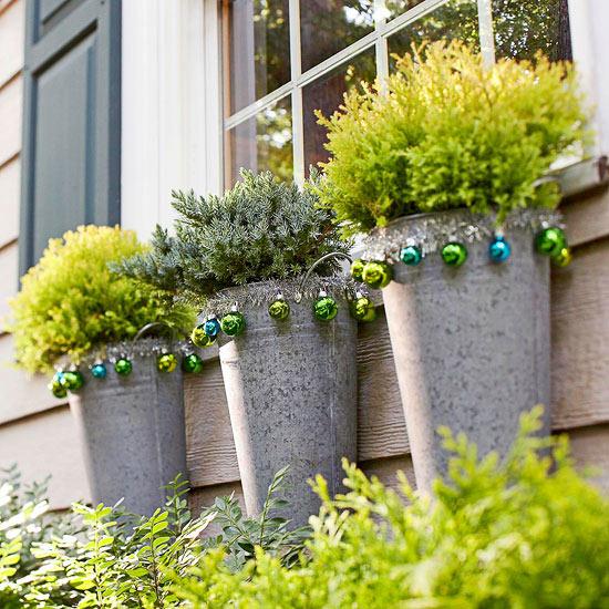 Make outside decorations