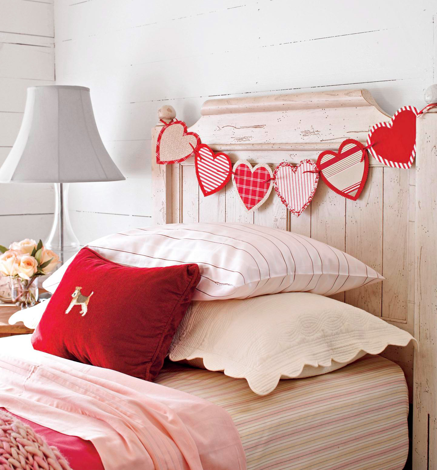 Red-and-white garland