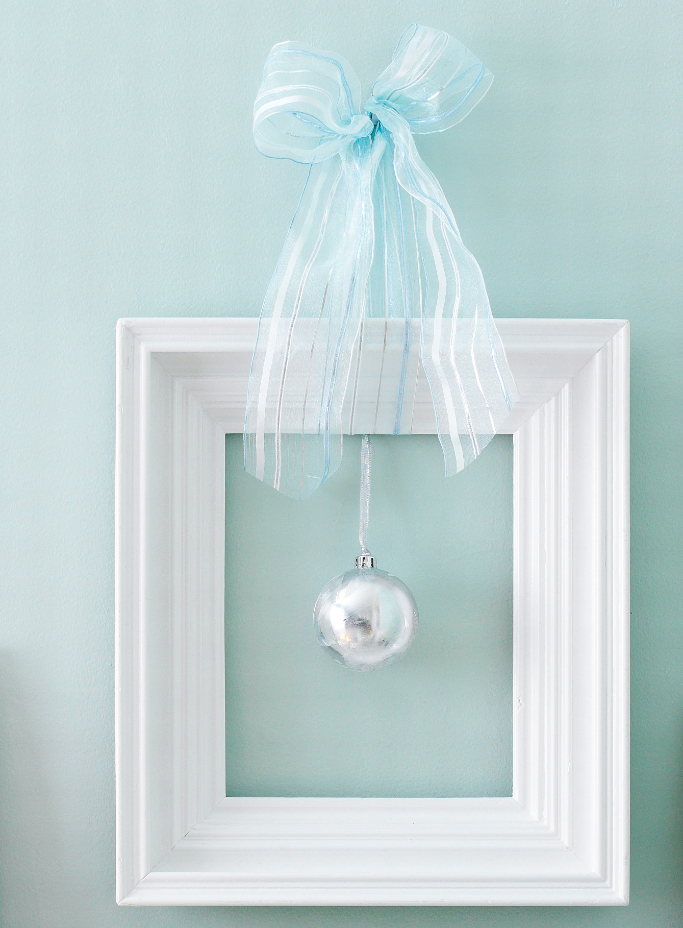 Make a festive frame