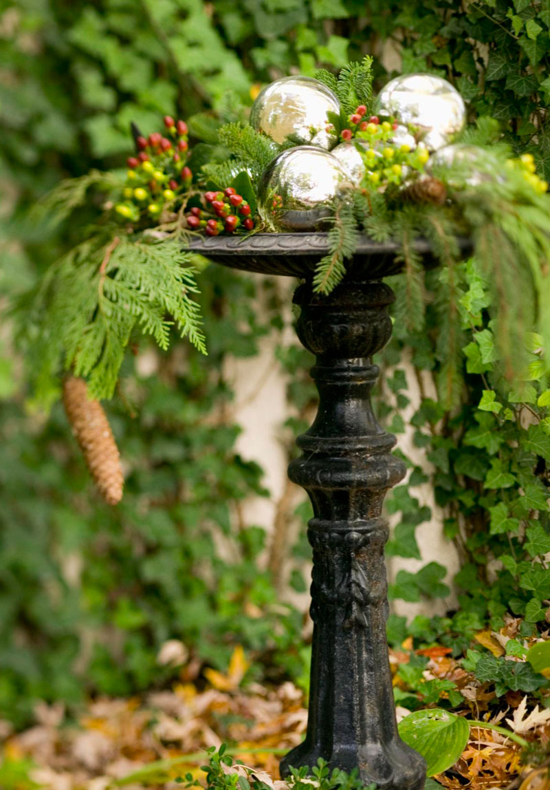 Decorate a birdbath