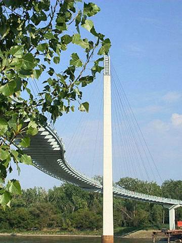 Bob Kerrey Pedestrian Bridge.  Photo courtesy of Omaha Convention and Visitors Bureau.