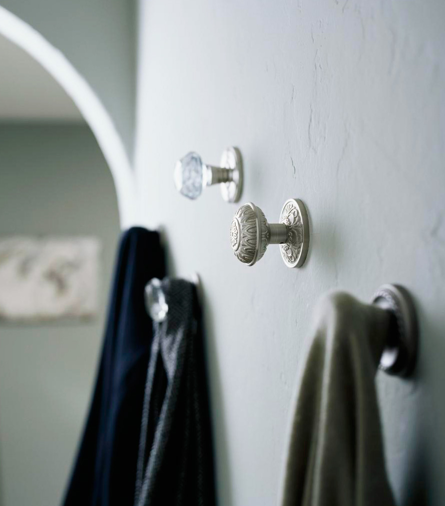 Doorknob decor